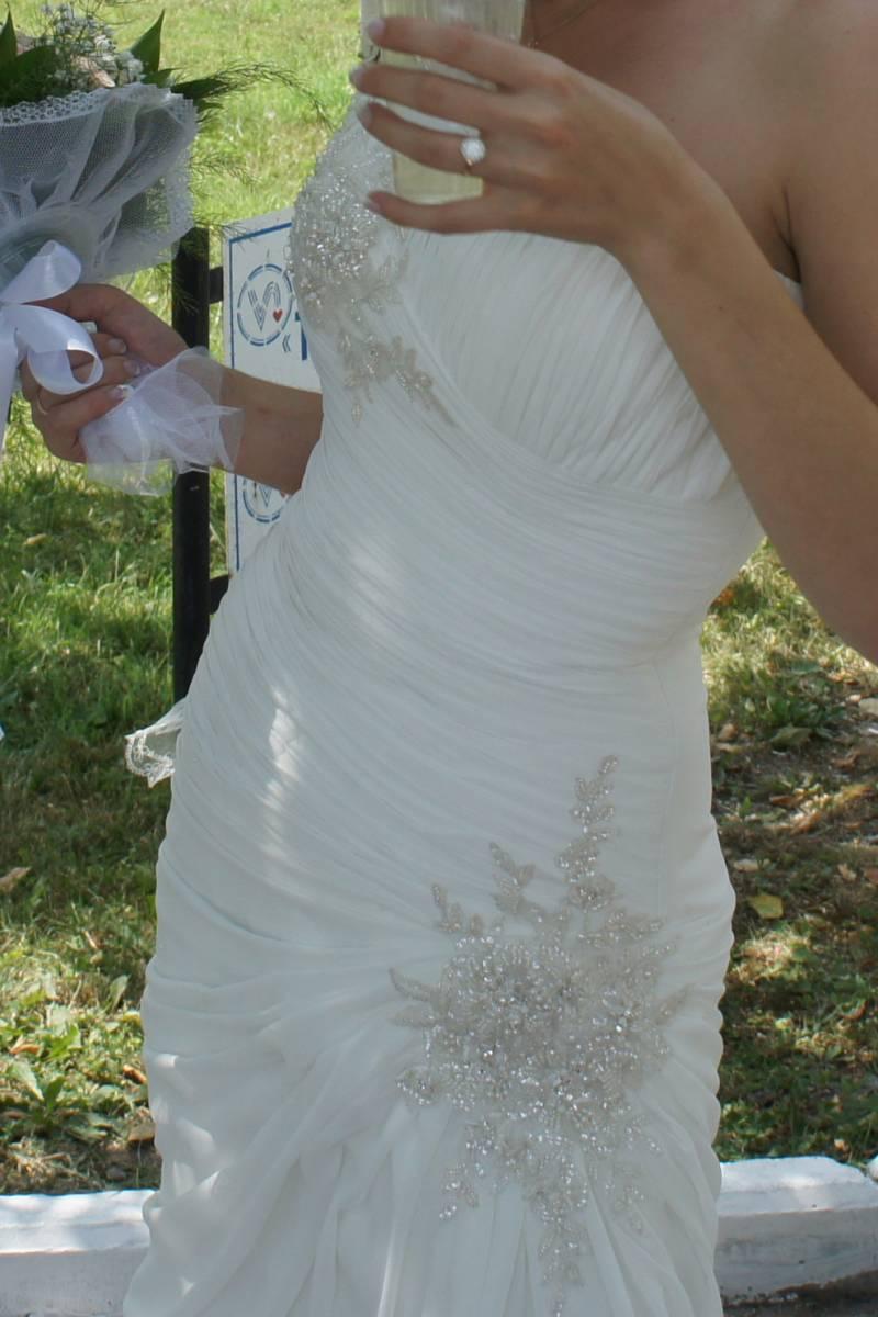 Свадебное платье фасона рыбка цвета