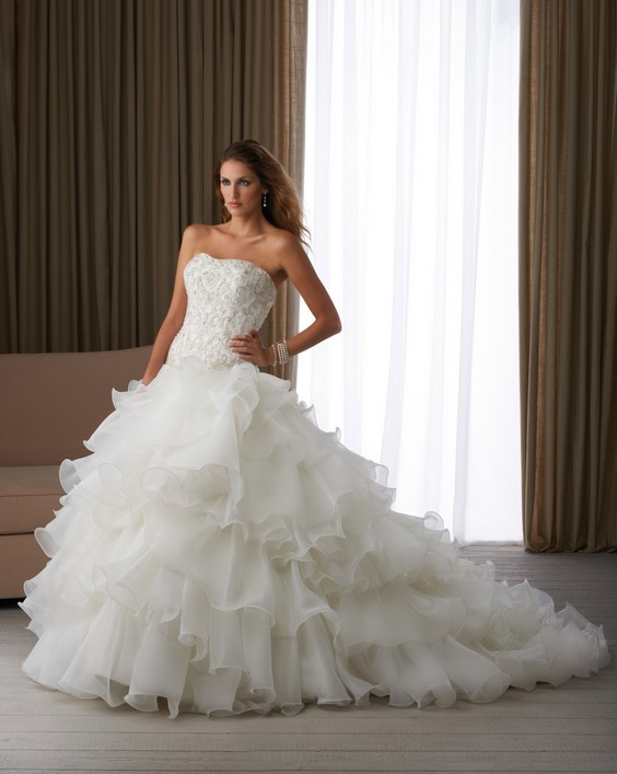 Wedding Saloon :: Самое пышное свадебное платье - Свадебные платья