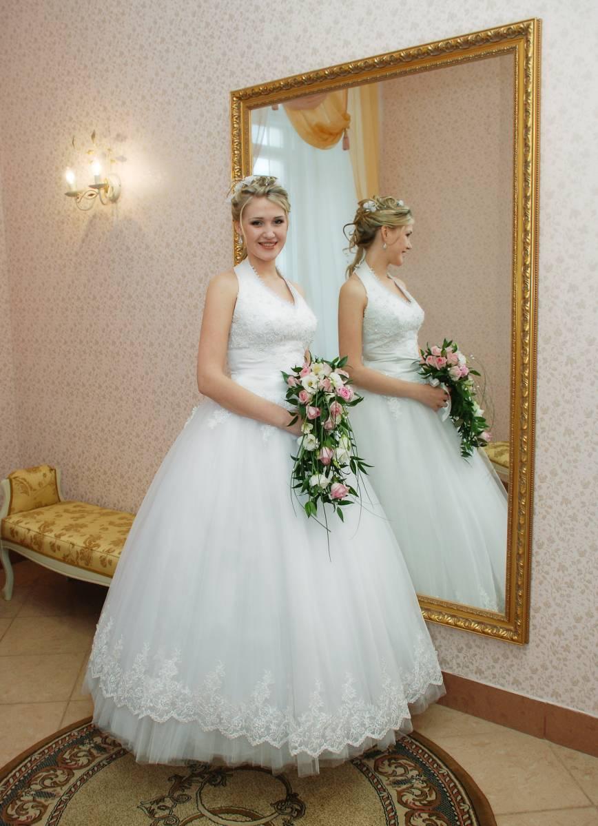 свадебные прически для платья в стиле американка