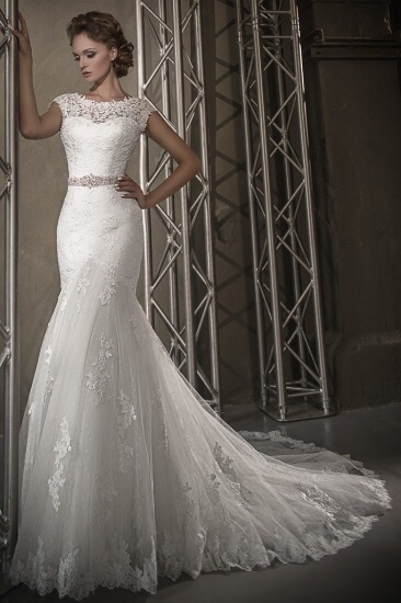Свадебные платья от 30000 рублей