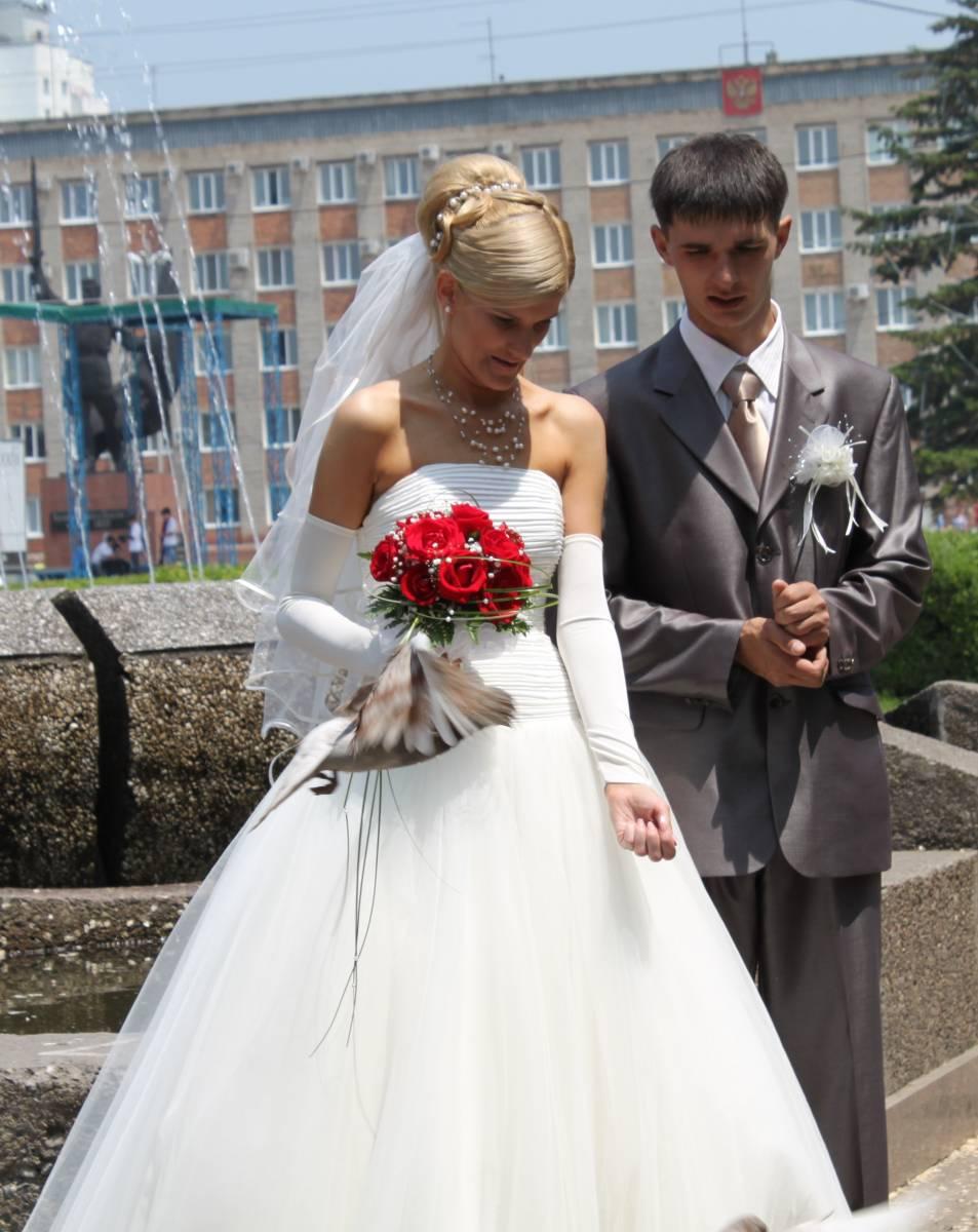 Свадебные платья на не худых девушек фото