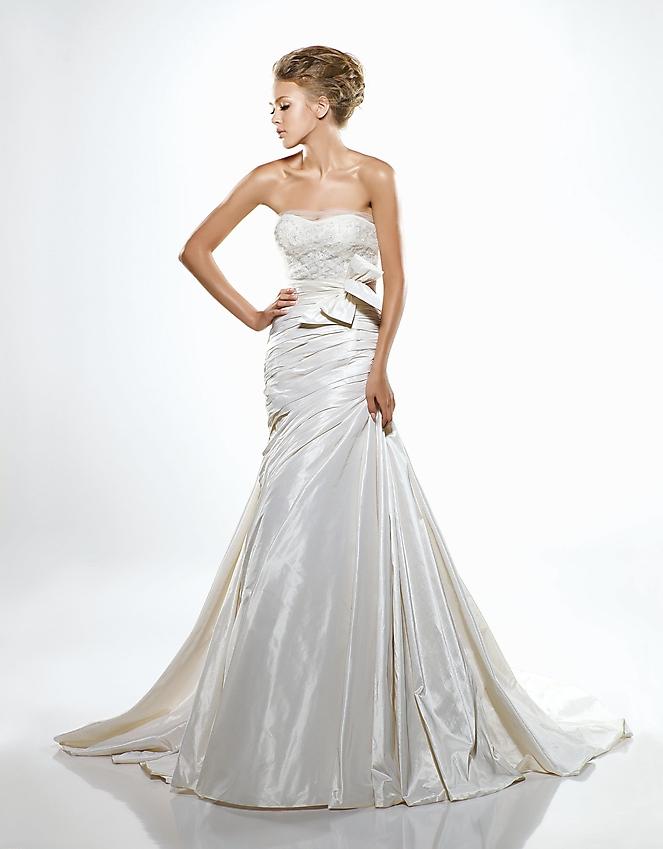 Свадебное платье испанской марки La Sposa