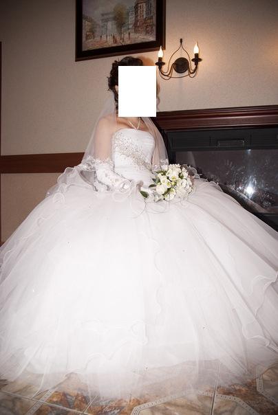 Пышное свадебное платье (подойдет для беременной). за 15000 руб.