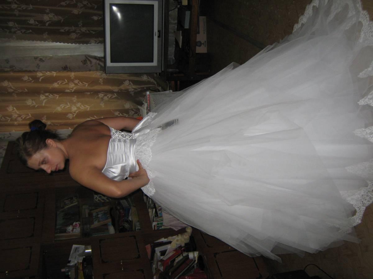 Фото нимфы в белом платье 20 фотография