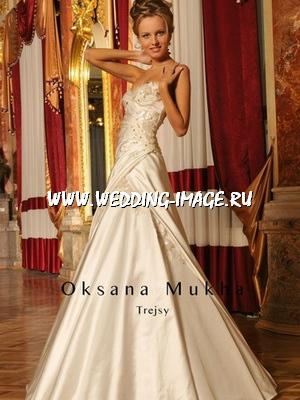 Также к свадебному платью Вы можете подобрать.  Кроме свадебных платьев...